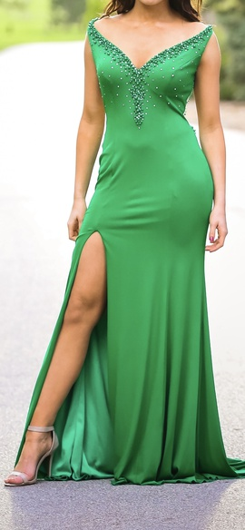 Queenly size 8  Green Side slit evening gown/formal dress