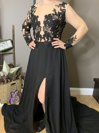 Queenly size 6  Black A-line evening gown/formal dress