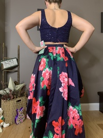 Multicolor Size 10 Train Dress on Queenly