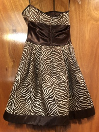 Jessica McClintock Gold Size 8 Homecoming Print Cocktail Dress on Queenly
