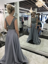 Sherri Hill Silver Size 00 Prom Backless Cap Sleeve Straight Dress on Queenly