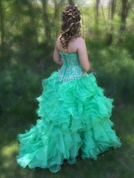 Tiffany Designs Green Size 8 Sweetheart Medium Height Ball gown on Queenly