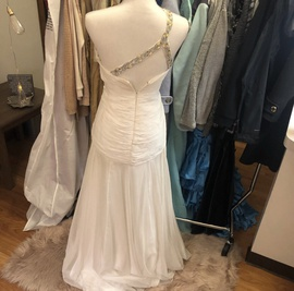Sherri Hill White Size 2 Prom A-line Dress on Queenly
