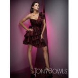 Tony Bowls Red Size 0 One Shoulder Cocktail Dress on Queenly
