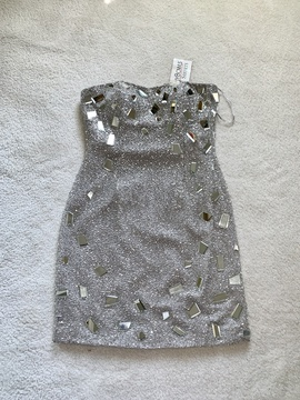 Queenly size 6 Tony Bowls Silver Cocktail evening gown/formal dress
