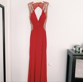 Queenly size 4 Tony Bowls Red Side slit evening gown/formal dress
