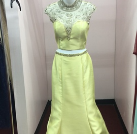 Mac Duggal Yellow Size 14 Prom Two Piece Plus Size Mermaid Dress on Queenly