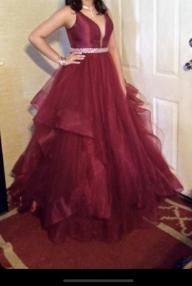 Alyce Paris Red Size 6 Ruffles Short Height Backless Ball gown on Queenly
