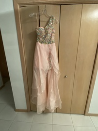 Queenly size 2 Sherri Hill Pink Train evening gown/formal dress