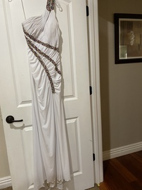 Queenly size 4 Jovani White Straight evening gown/formal dress