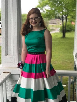 Sherri Hill Green Size 8 Ball gown on Queenly