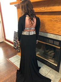Black Size 4 Train Dress on Queenly
