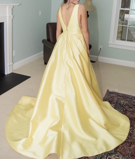 Sherri Hill Yellow Size 6 Ruffles Medium Height Ball gown on Queenly
