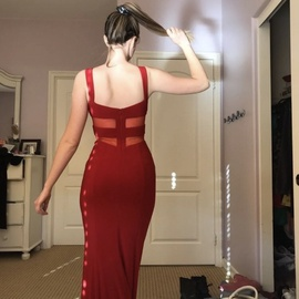 Faviana Red Size 2 Straight Dress on Queenly