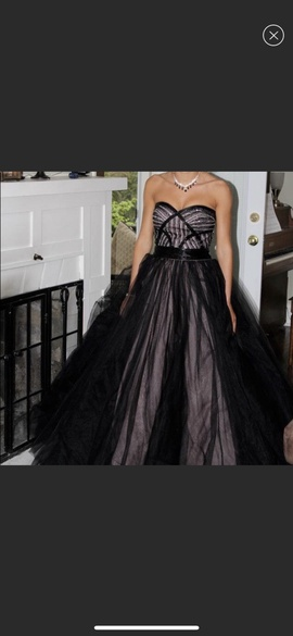 Flirt Black Size 4 Sweetheart Medium Height Ball gown on Queenly
