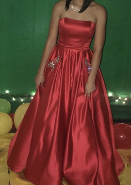 Sherri Hill Red Size 0 Short Height Ball gown on Queenly