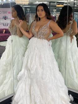 Jovani Couture White Size 6 Pageant Feather Silver Ball gown on Queenly