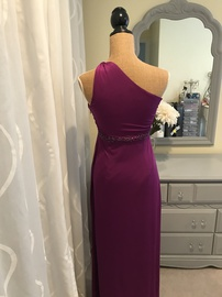 Adrianna Papell Purple Size 6 Fitted Straight Dress on Queenly