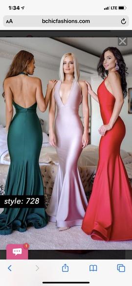 Jessica Angel White Size 10 Plunge Medium Height Train Dress on Queenly