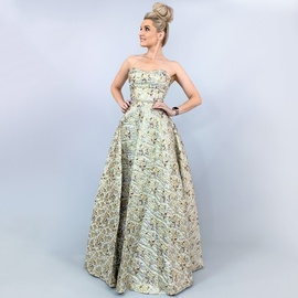 Gold Size 4 Ball gown on Queenly