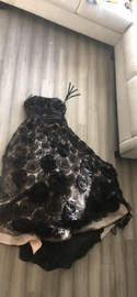Sherri Hill Black Size 8 Embroidery Prom Strapless Ball gown on Queenly