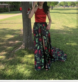 Sherri Hill Red Size 0 Prom Floral Side slit Dress on Queenly