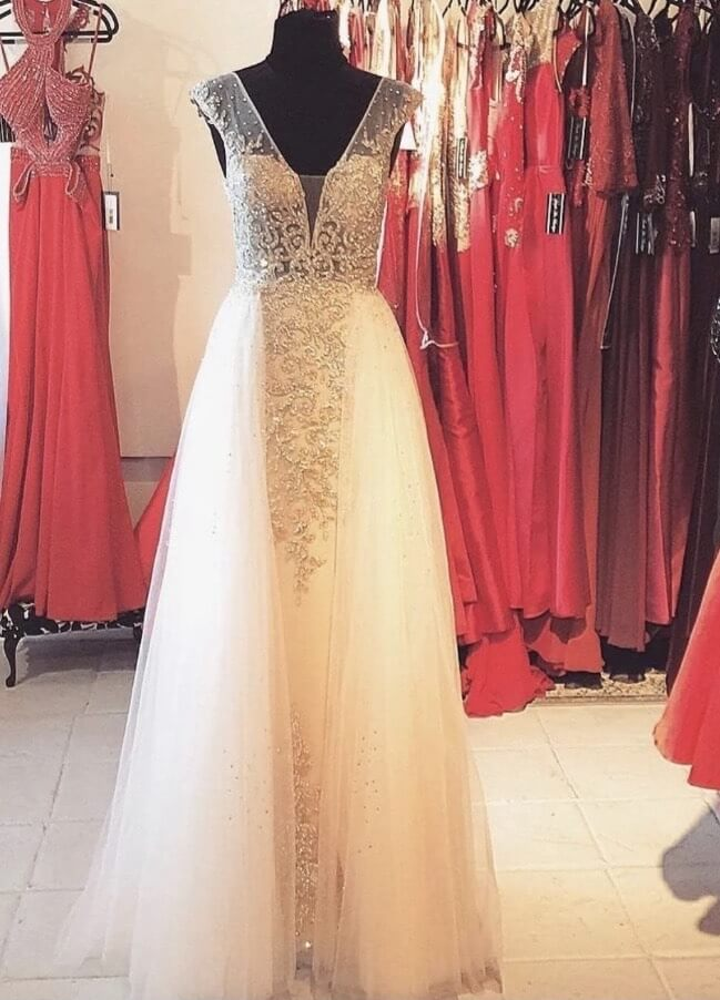 Queenly size 2 Jovani White Ball gown evening gown/formal dress