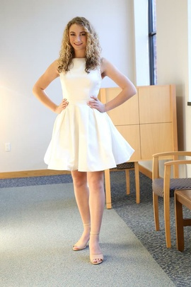 Sherri Hill White Size 6 Backless A-line Dress on Queenly
