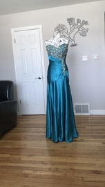 Fire & Ice Blue Size 14 Flare Jewelled Floral Fitted Mermaid Dress on Queenly