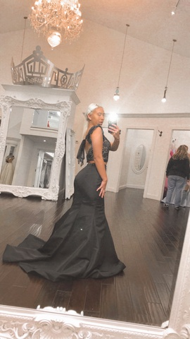 Queenly size 6  Black Mermaid evening gown/formal dress