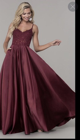Dancing Queen Red Size 4 Burgundy Ball gown on Queenly