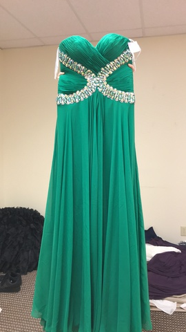 Tony Bowls Green Size 8 Sweetheart Strapless A-line Dress on Queenly