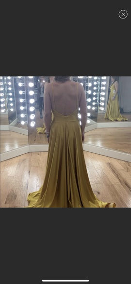Jessica Angel Gold Size 6 Train Side slit Dress on Queenly
