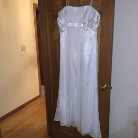 Queenly size 18  White A-line evening gown/formal dress