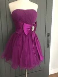 Queenly size 4 Sherri Hill Pink Cocktail evening gown/formal dress