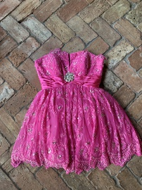 Queenly size 8  Pink Cocktail evening gown/formal dress