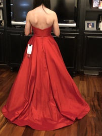 Mac Duggal Red Size 0 Pageant Belt Ball gown on Queenly