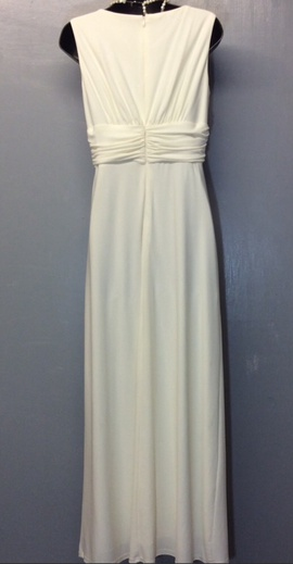 Jessica Howard White Size 8 Prom Plunge Shiny Straight Dress on Queenly