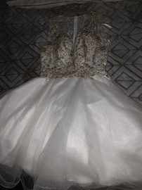 Queenly size 0 Let White Ball gown evening gown/formal dress
