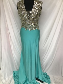 Queenly size 6 Mac Duggal Blue Train evening gown/formal dress