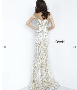 Jovani White Size 2 Pattern Medium Height Mermaid Dress on Queenly