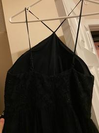Speechless Black Size 6 Halter Side slit Dress on Queenly