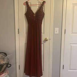 Faviana Red Size 2 A-line Dress on Queenly