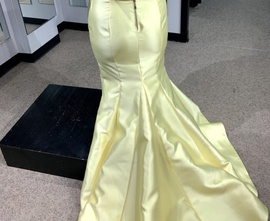 Sherri Hill Yellow Size 18 Strapless Plus Size Mermaid Dress on Queenly
