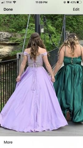 2cute Purple Size 2 Lavender Side slit Dress on Queenly