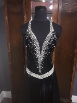 Black Size 2 Romper/Jumpsuit Dress on Queenly