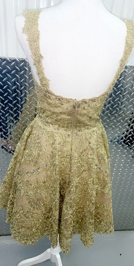 Sherri Hill Gold Size 4 Homecoming Flare Lace Cocktail Dress on Queenly