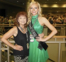 Sherri Hill Green Size 2 Jewelled Halter Sequin Cocktail Dress on Queenly