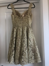 Sherri Hill Gold Size 2 Cocktail Dress on Queenly
