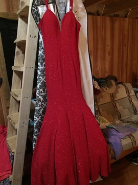 Red Size 10 Mermaid Dress on Queenly